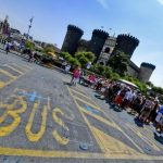 Napoli: boom turisti, 1200 in fila per tour city sightseeing